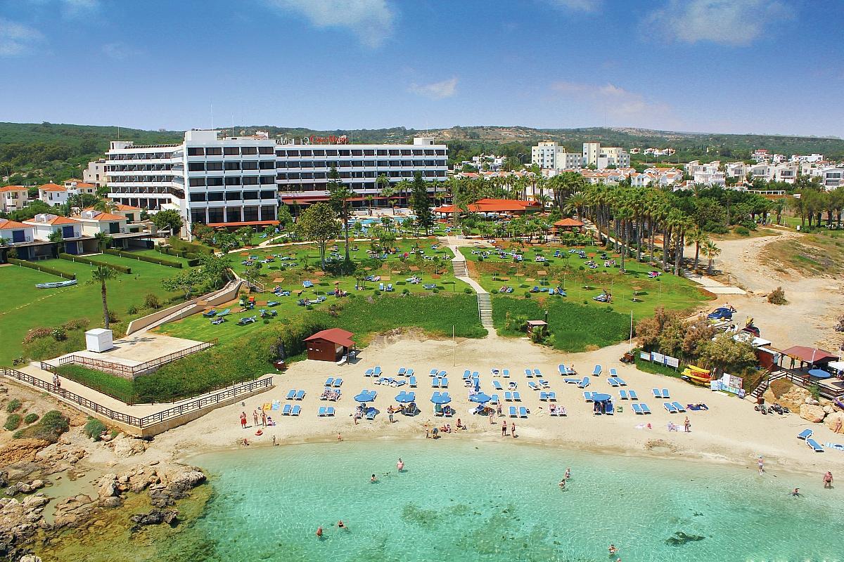 Cavo maris beach фото